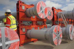 High pressure drilling riser