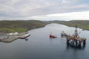 Offshore navigation services
