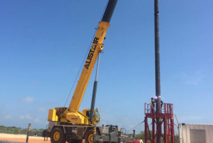 Onshore rigless conductor/pile installation