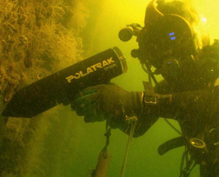 Polatrak CP Gun - Diver Action