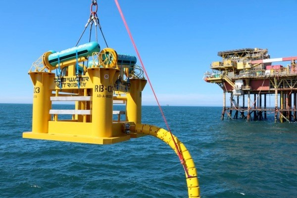 Deepwater anode sled being overboarded