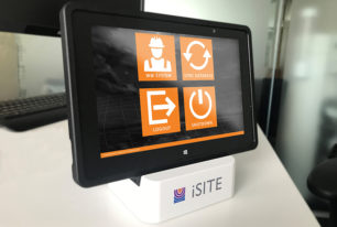 Delivery of a bespoke virtual management system