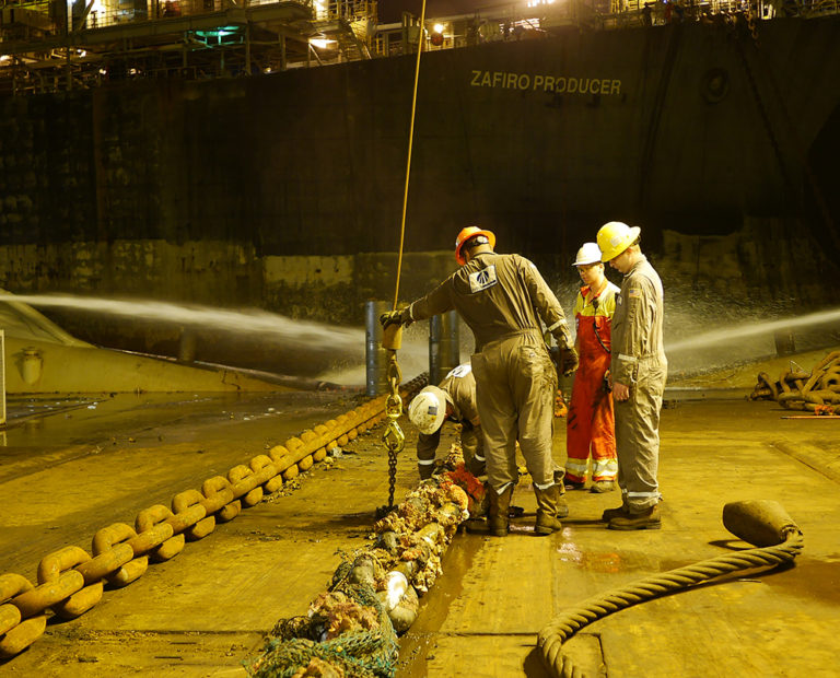 Replacing Chain on Zafiro Producer FPSO